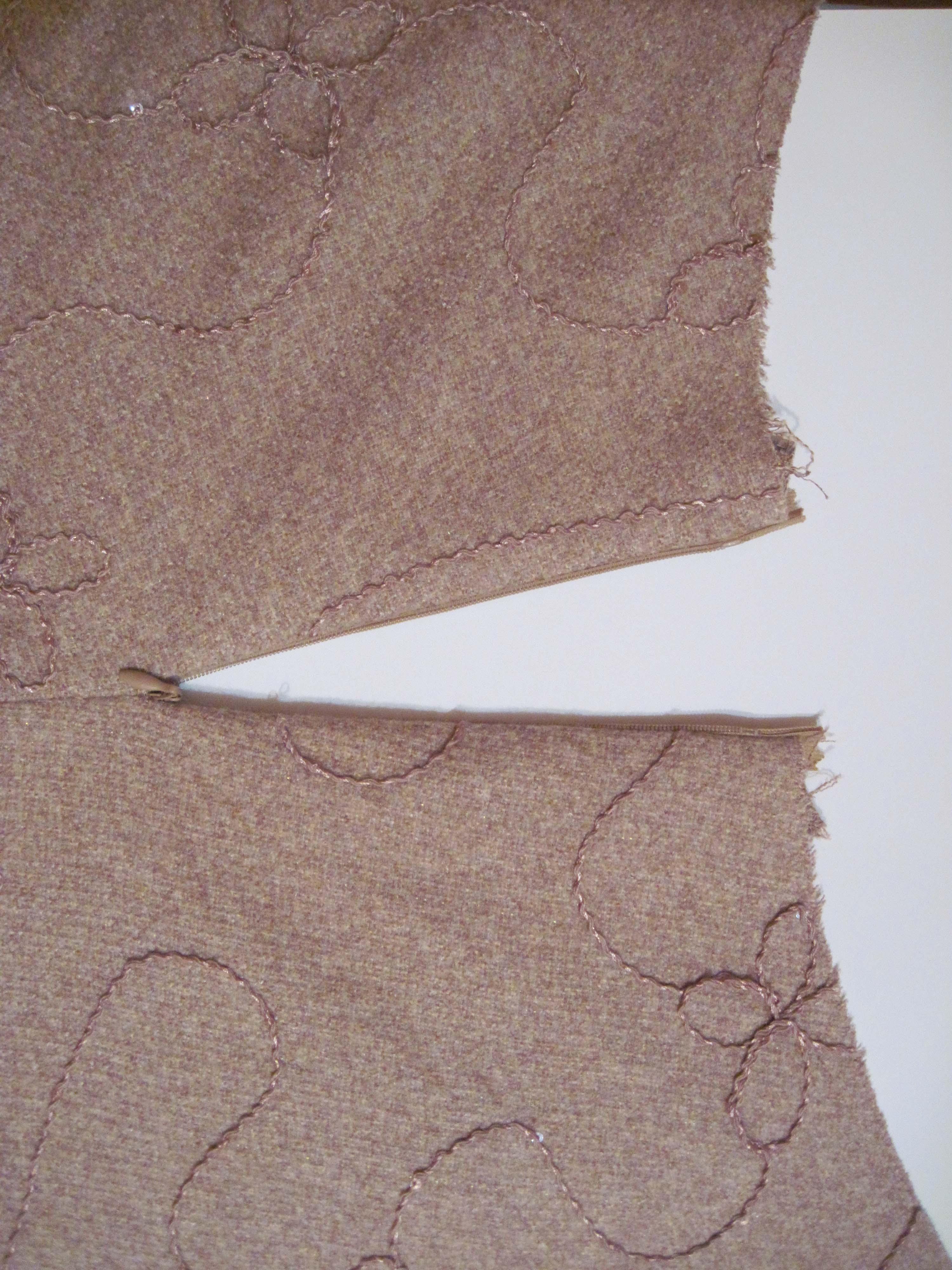 Как в юбку вшить потайную молнию с поясом и без: пошаговая 59