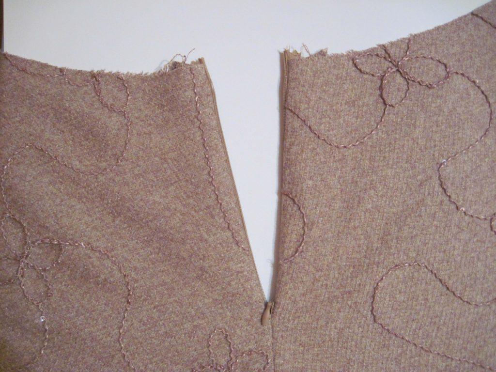 14_молния-1-e1476545600628-1024x768 Как в юбку вшить потайную молнию с поясом и без: пошаговая инструкция